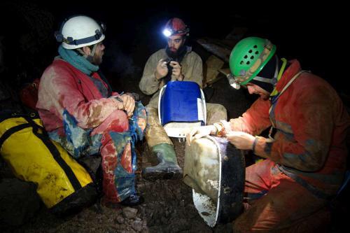Chystání lóden na těžbu