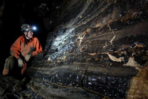 Vymyté stěny v Jeskyni trosek