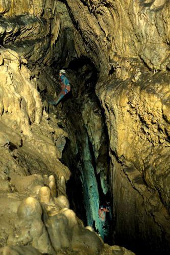 Traverz ve Vodní spojce do jeskyně Slobody