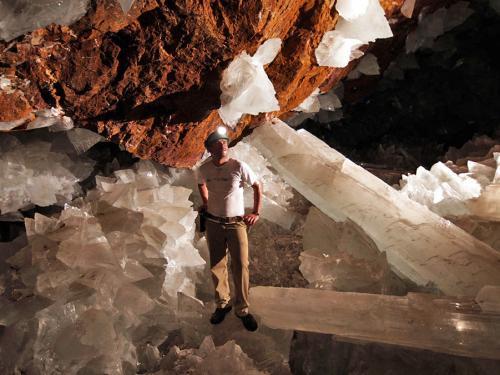Naica-jeskyně plná krystalů