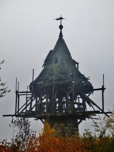 Záchrana osvětlovací věže Petzoldova lomu